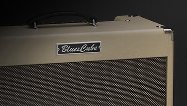 featured-product:Blues Cube Artist
