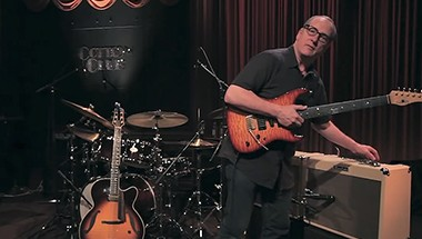 featured-video:Blues Cube Chuck Loeb Demo Part