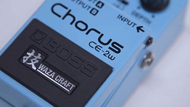 featured-video:BOSS CE-2W Chorus
